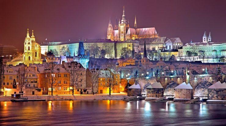 Prag-bei-Nacht